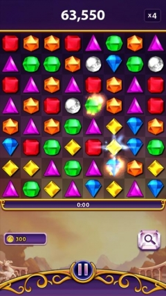 Скриншот android игры Bejeweled Blitz